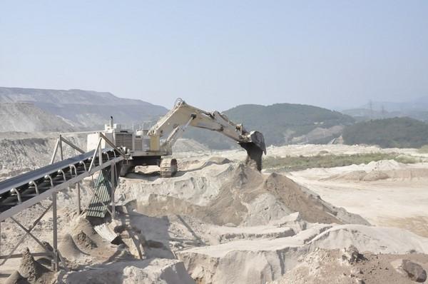 Băng tải chuyển cát tiêu chuẩn quốc tế - Cơ khí Đại Thắng